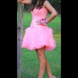 Pink Jovani Homecoming Dress size 4